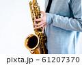 サックス奏者 61207370