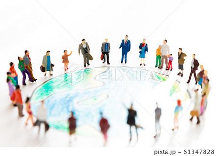 地球 人物 環境問題 人種 ジオラマ 61347828