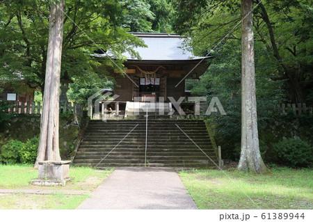山奥の神社 61389944