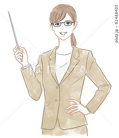 指示棒を持ったスーツの女性 61488403