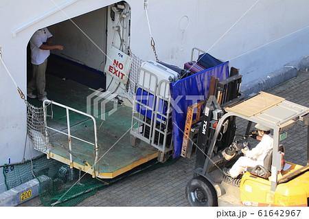 大型客船 61642967