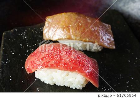 松阪肉の炙り寿司 61705954