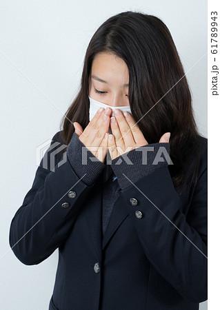 女子高生 制服 マスク  61789943