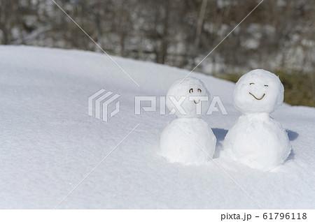 雪だるま 61796118