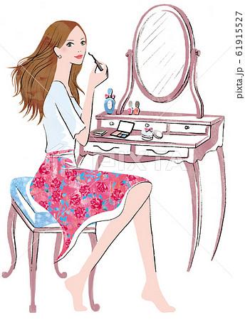 ドレッサーの前でメイクする女性 61915527