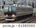 321系電車 61989360