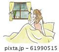 雨の日にベッドから窓の外を眺める女性-不調 61990515