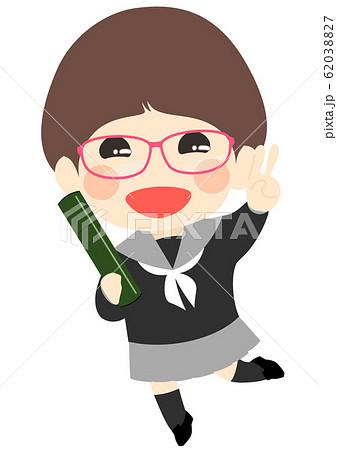 卒業式 卒業証書を持った女の子 賞状筒 62038827