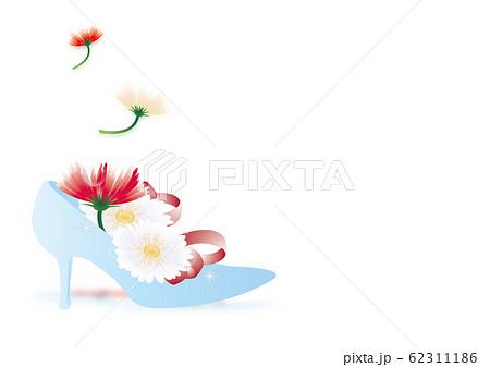 ガーベラのカラフルな花とガラスの靴のイラスト横スタイルホワイトバック背景素材 62311186