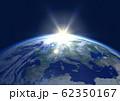 地球 夜明け ヨーロッパ(星ナシ) 62350167