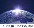地球 夜明け ヨーロッパ 62350168