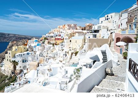 ギリシャ サントリーニ島の街並み 62406413
