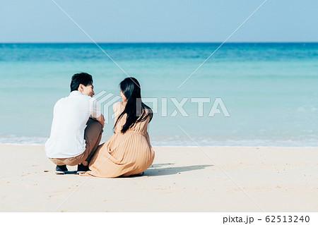 若いカップル 62513240