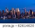 《ニューヨーク》マンハッタンの夜景・ハルミトンパークより 62614620