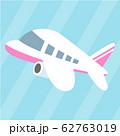 ピンクの柄の飛行機 62763019