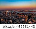 空撮・夕景の東京(羽田新ルート) 62961443