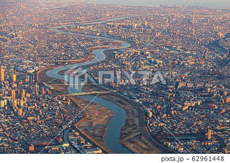 空撮・夕景の東京(羽田新ルート) 62961448