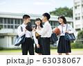 中学生 笑顔 学校生活 63038067