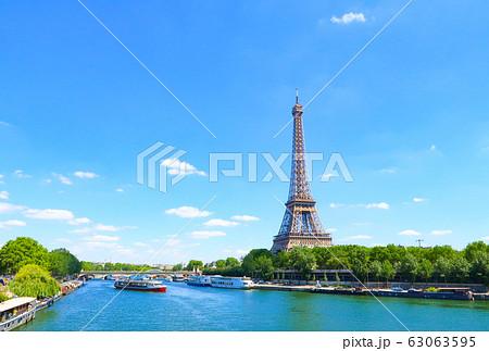 エッフェル塔 パリ フランス 63063595