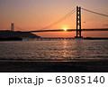 明石海峡大橋の夕暮れ 冬編 63085140