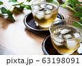 冷たい麦茶 63198091