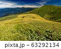 巻機山・割引岳稜線から見る牛ヶ岳と越後三山 63292134