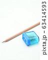 鉛筆と鉛筆削り 63414593