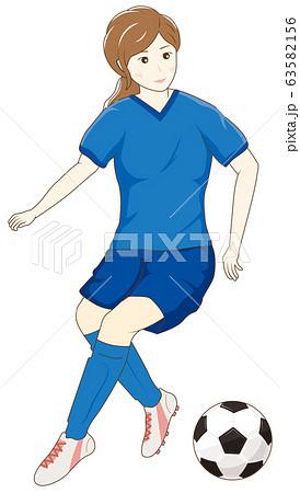 サッカーをする女性06 63582156