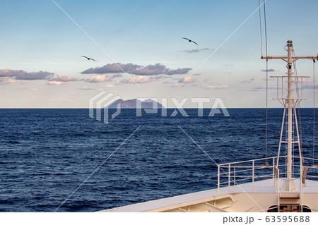 鳥島 63595688