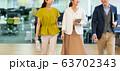 カジュアルビジネス オフィス ビジネスイメージ 63702343