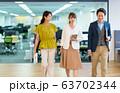 カジュアルビジネス オフィス ビジネスイメージ 63702344