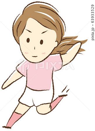 サッカーをする女の子 スライディング 63933529