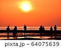 天神崎の夕日 64075639