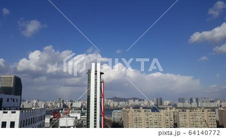 建物 高層ビル 大都市 64140772