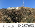 ハリウッドの看板 64257053
