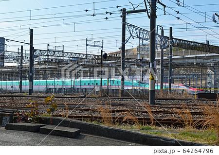 新幹線の車庫、田端にある東京新幹線車両センター 64264796