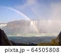 カナダ側から見たナイアガラ瀑布 64505808