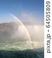カナダ側から見たナイアガラ瀑布 64505809