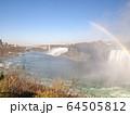カナダ側から見たナイアガラ瀑布 64505812