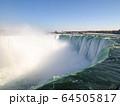 カナダ側から見たナイアガラ瀑布 64505817