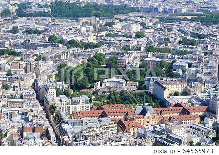パリ 街並み フランス 64565973