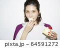 女性ポートレート 64591272