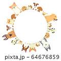 前足を乗っけているいろいろな種類の犬たちの丸いフレーム 64676859