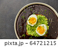 toast bread with mashed avocado and eggs 64721215