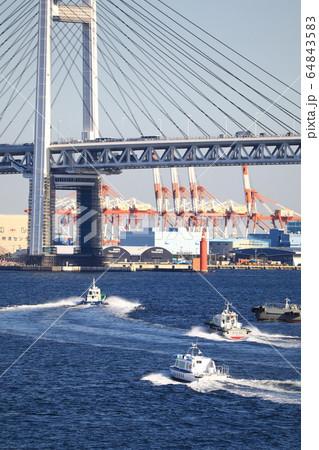 横浜港 64843583