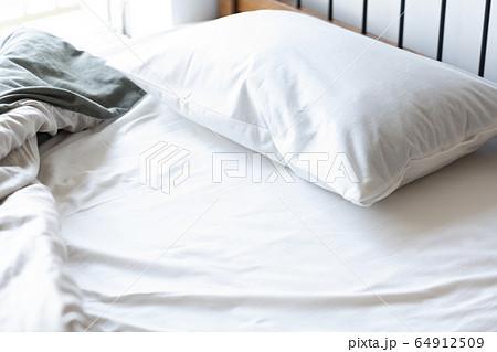 ベッド イメージ 64912509