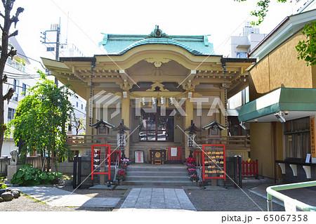 台東区松が谷にある、矢先稲荷神社 65067358