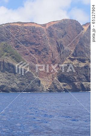 小笠原諸島父島のハート型に見えるハートロック(千尋岩) 65127904