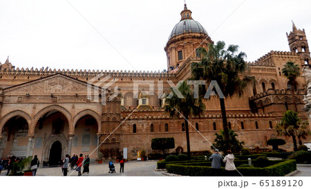 シチリア島パレルモのカテドラーレ大聖堂,イタリア 65189120