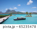 ボラボラ島の港 65235478
